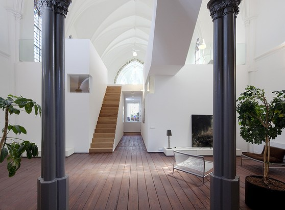 church-turned-Home-Netherlands1