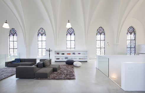 church-turned-Home-Netherlands5